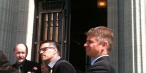 Anwalt Martin Pestalozzi, Markus Kühni und Rainer Burk (v.l.n.r)